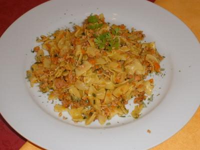 Wursthaschee Nudeln  Rezept