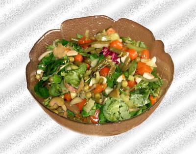 Vogerlsalat mit Gemüse Rezept