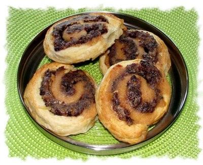 Cranberry Nut Swirls Rezept