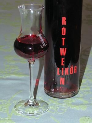Rotweinlikör Rezept