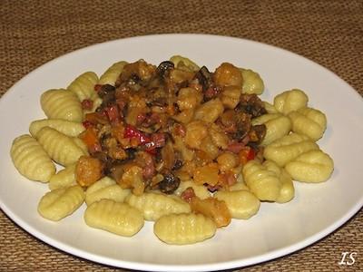Wokgemüse mit Gnocchi Rezept