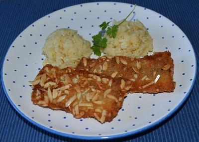 Fischfilet im Mandelmantel mit Orangenrisotto Rezept