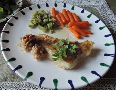 gebratener Fisch mit Gemüse Rezept