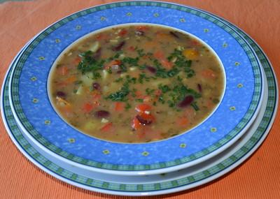 Ungarische Bohnensuppe Rezept