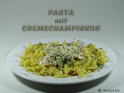 Pasta mit Cremechampignons Rezept