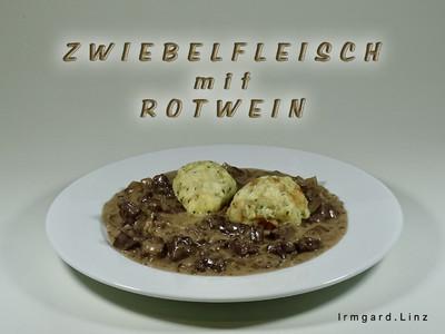 Zwiebelfleisch mit Rotwein Rezept