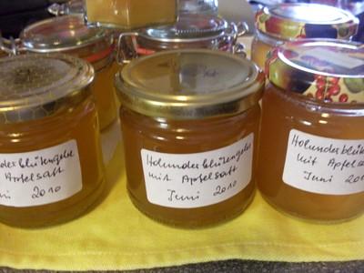 Holunderblüten - Gelee mit Apfelsaft Rezept