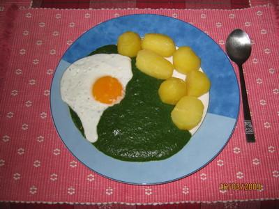 Spinat mit Spiegelei & Erdäpfeln Rezept