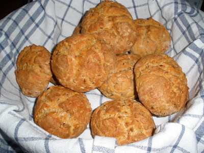 pikante Topfen - Kornbrötchen Rezept