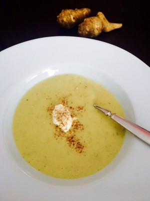 Erdäpfel-Topinambur Suppe Rezept