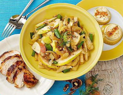 Fenchel-Birnen-Salat mit marinierten Hähnchen Rezept