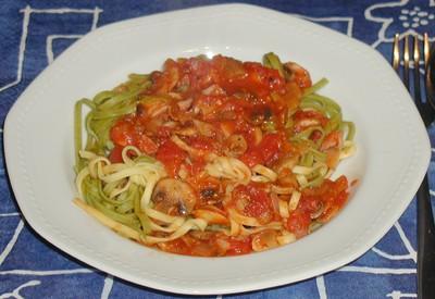 Fettucine Boscaiola (auf Holzfällerart) Rezept