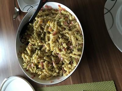 Nudelsalat nach Art des Hauses  Rezept