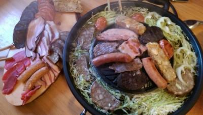 Schweinsbraten mit Schaum-Marinade vom Tischgrill Rezept