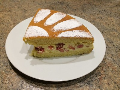 Naked Cake mit Vanillepudding Rezept