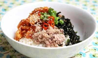 Kimchi Thunfisch Bipimbap Rezept