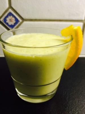 Orient Smoothie mit Mango Rezept
