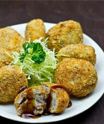 Japanische Fleischlaibchen Rezept