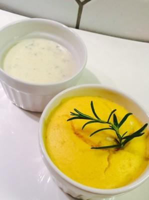 Pastinaken Souffle mit Käsesauce Rezept