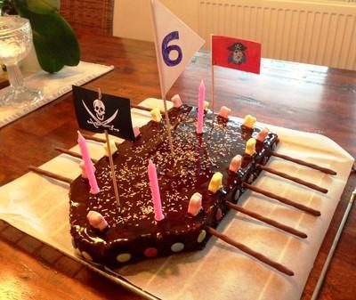 Schokoladenkuchen Piratenschiff Rezept Rezepte Auf Kochecke At