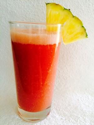 Smoothie aus Ananas, Banane+Wassermelone Rezept