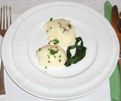 Spargelmousse mit frittiertem Bärlauch Rezept