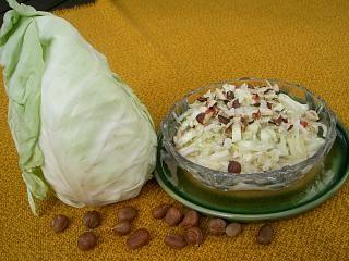 Spitzkohlsalat mit Joghurtsoße Rezept