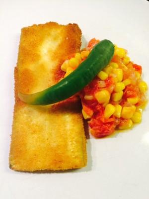 Zucchini Schnitzel mit Tomaten-Mais Gemüse Rezept